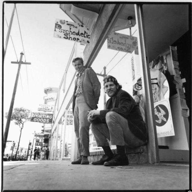 Jay and Ron Thelin outside The Psychedelic Shop, c. 1966. / Courtesy of Music Futurist.