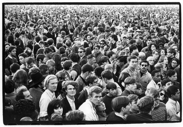Crowd scene at outdoor concert, 1966 or 67. Photo by William Gedney, Courtesy of Duke University